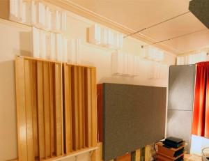 Gik acoustics gridfusors in listening room