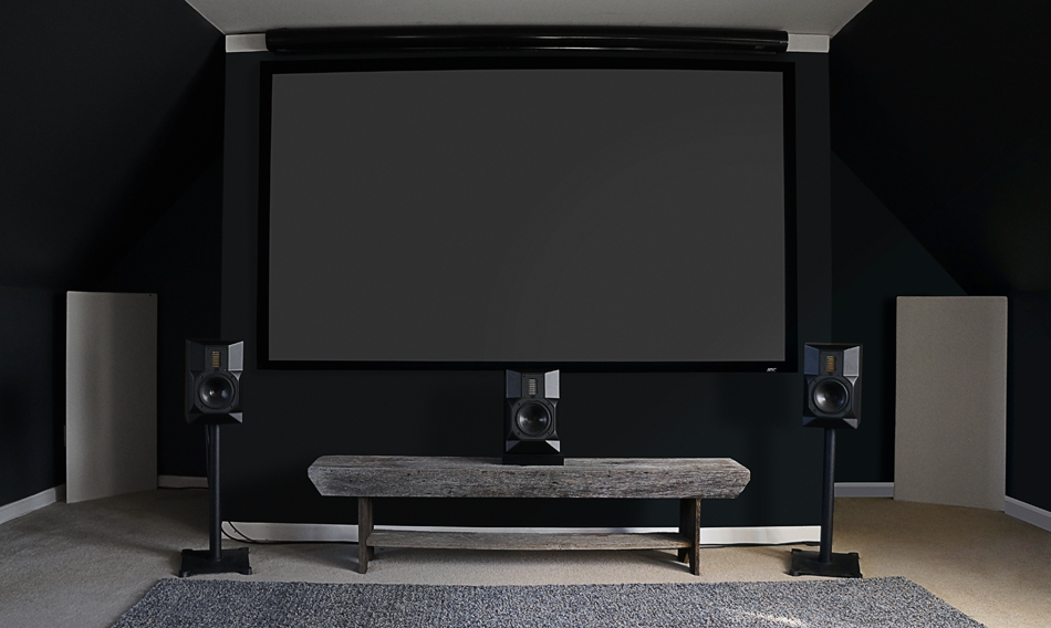Andrew Robinson Home Theater LIFESTYLE SHOT 02