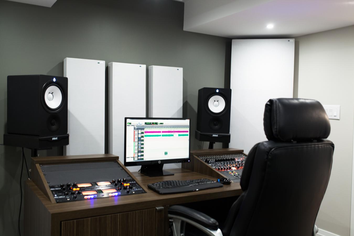 Acoustic Curtains For Studio Recording : Gik acoustics bass trap with flexrange technology