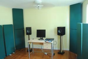 bass traps electronic musician home studio