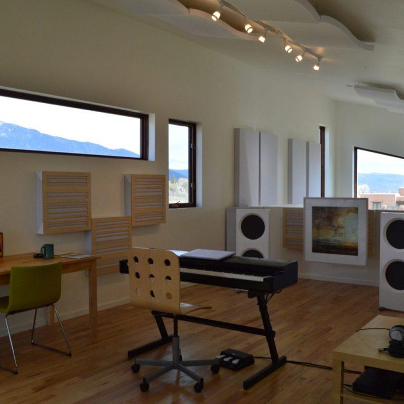 Alpha Panels 1D in studio