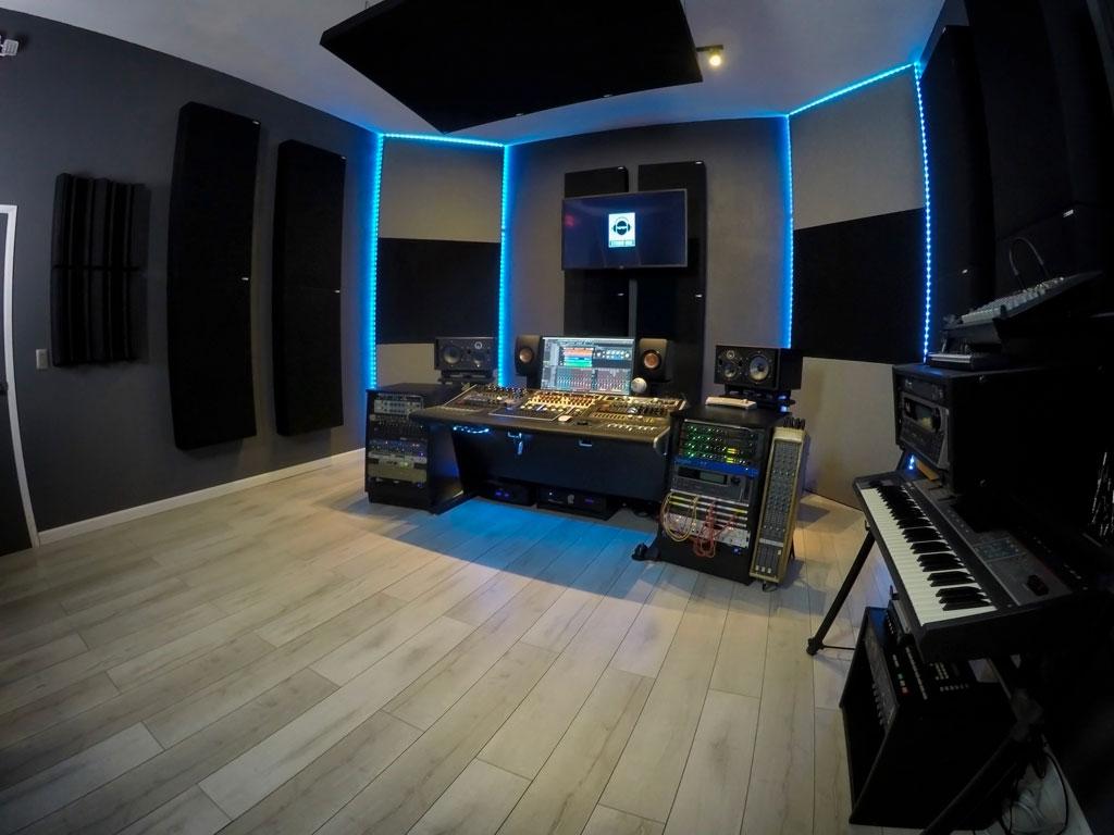 Studio-DMI-Studio-A-Side GIK Acoustics 244 bass traps
