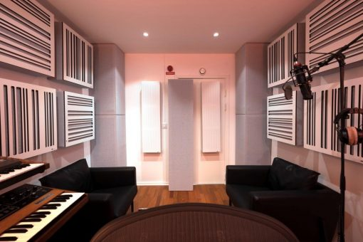 Recording Studio using GIK Acoustics Alpha Series panels and Soffit Bass Trap _ Ollipop Studio